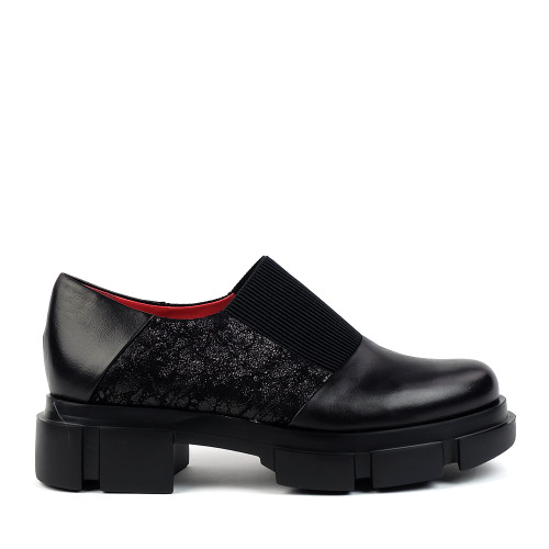 Pas De Rouge 2630 Black Nappa side view - Hanig's Footwear