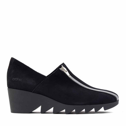 Arche Patcha Black side view - Hanigs Footwear