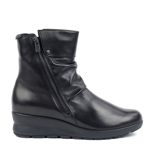 Mephisto Phila Black Silk side view - Hanig's Footwear
