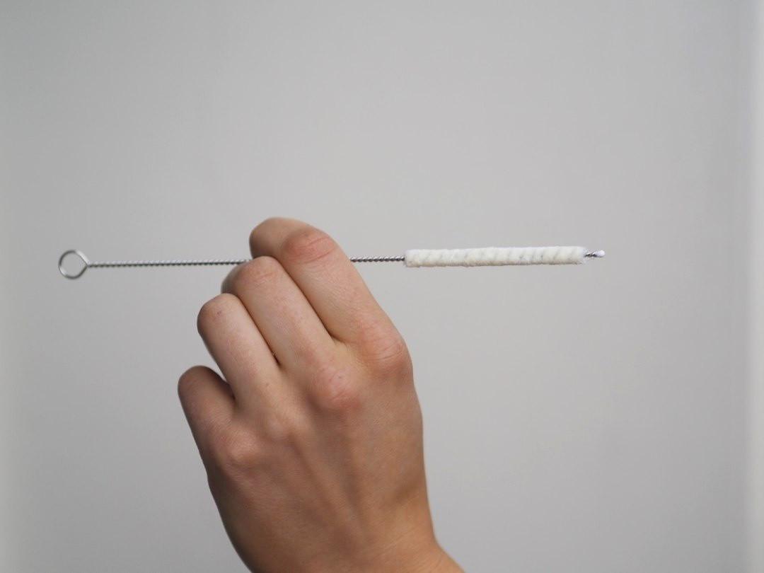 Thin cotton straw cleaning brush