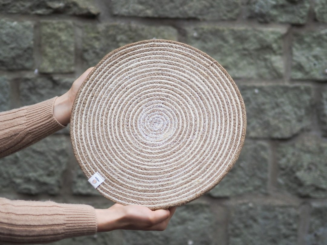 Spiral Coloured Large Seagrass and Jute Placemats