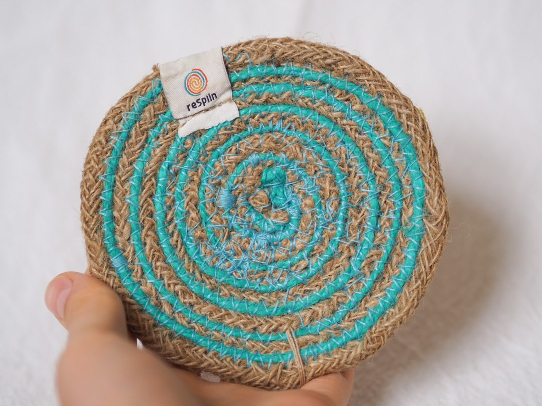 Spiral Coloured Seagrass and Jute Coaster