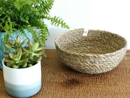 Seagrass basket bowl for storage