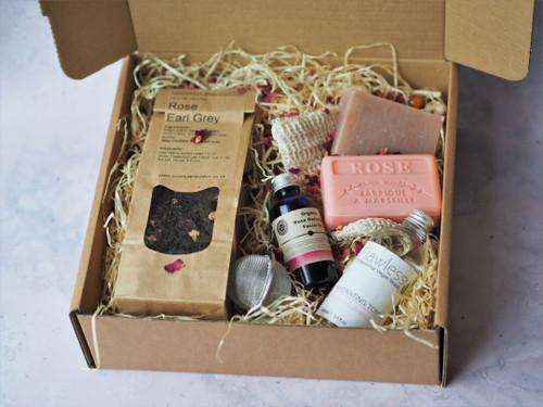 Luxury Rose Pamper Gift Box
