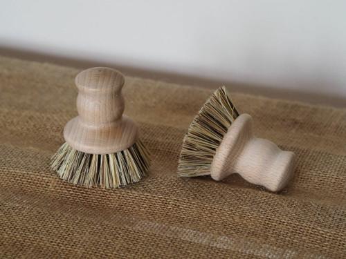 Natural fibre wooden pot scrubber brush