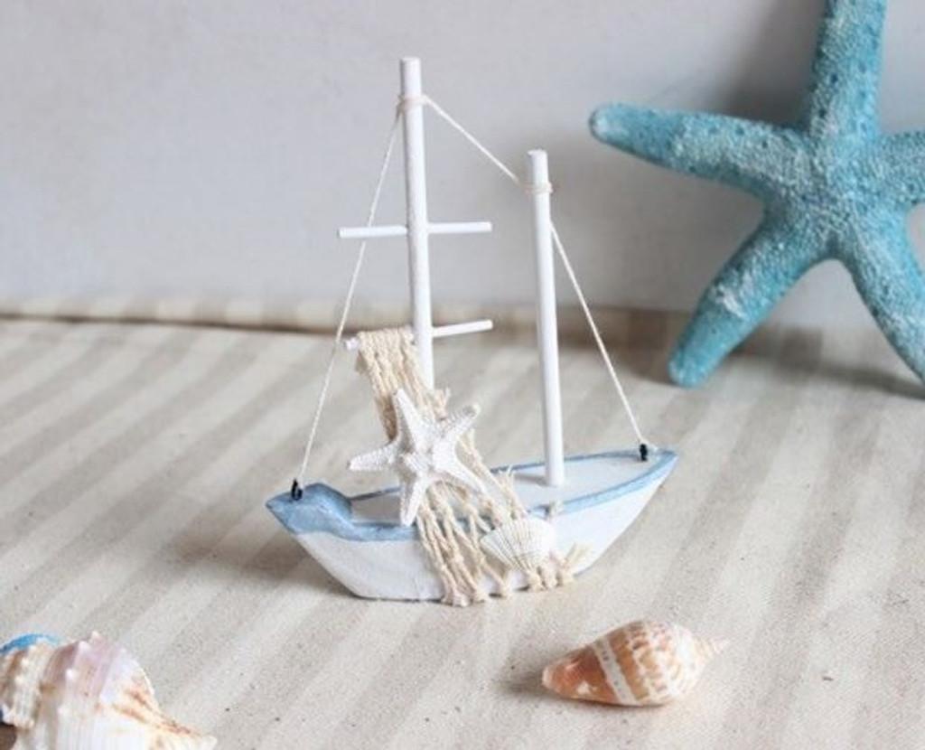 Wooden Nautical Fishing Boat with Starfish - 11 cm x 14cm