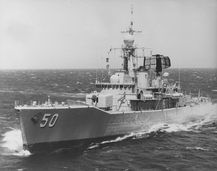 hmas-swan-iii-at-sea.jpg