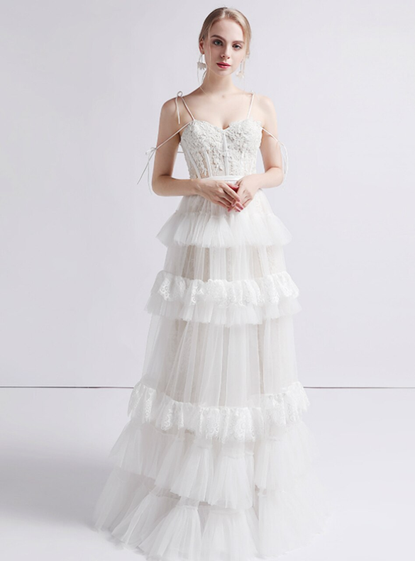 Tulle Lace Spaghetti Straps Tiers Wedding Dress