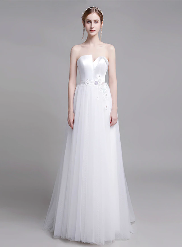 Fabulous White Tulle Strapless Appliques Wedding Dress