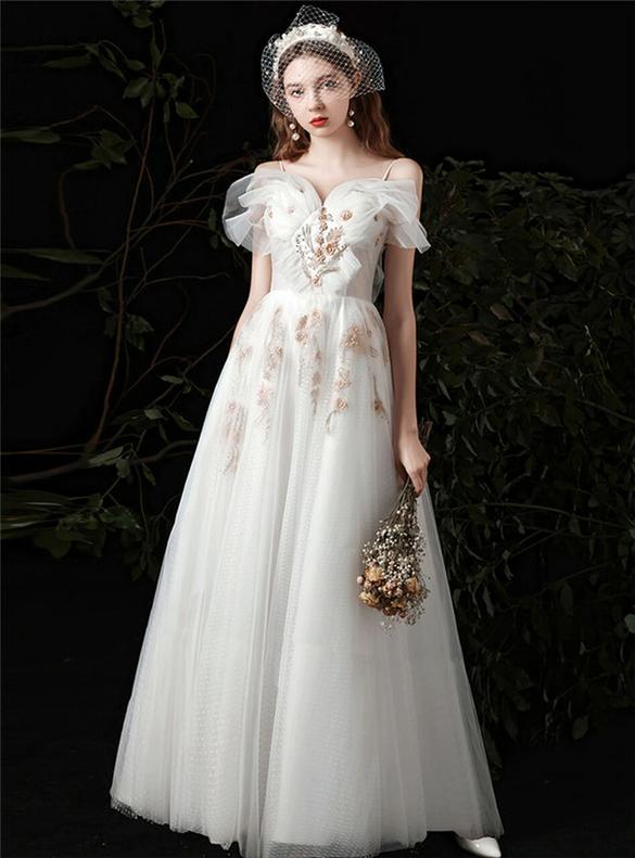 A-Line White Tulle Spaghetti Straps Appliques Wedding Dress