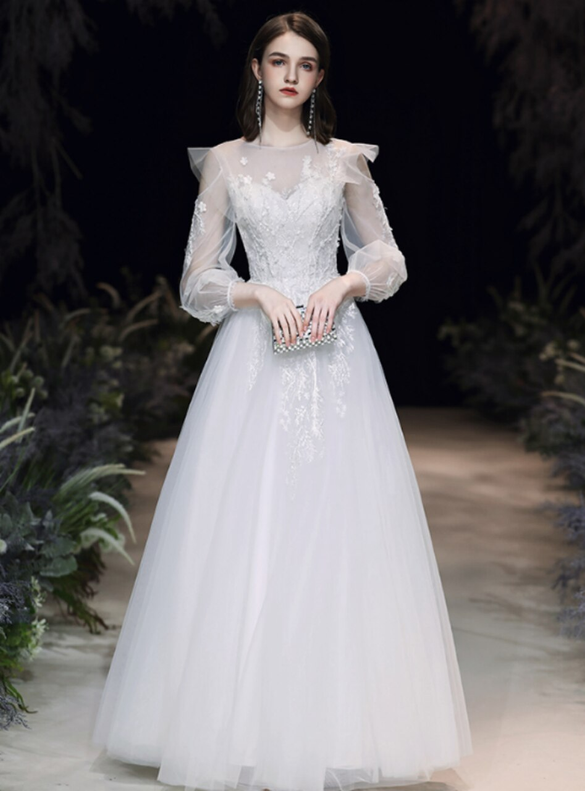 Fashion White Tulle Appliques Long Sleeve Wedding Dress