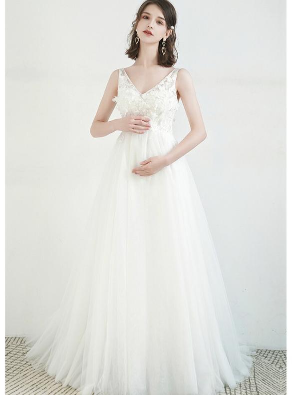 White Tulle High Waist Appliques Wedding Dress