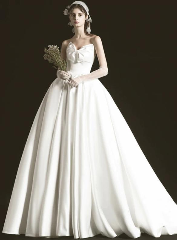 Strapless Neck White Satin Ball Gown Wedding Dress