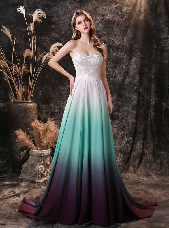 White Chiffon Sweetheart Appliques Prom Dress