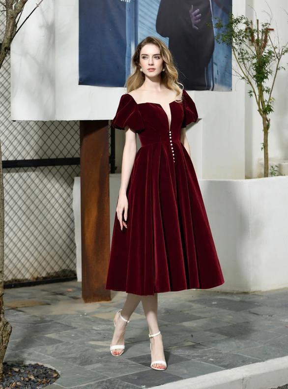Tea Length Burgundy Velvet Puff Sleeve Prom Dress