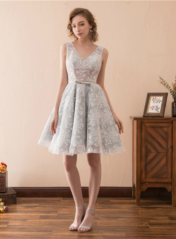 Gray Tulle Lace V-neck Homecoming Dress