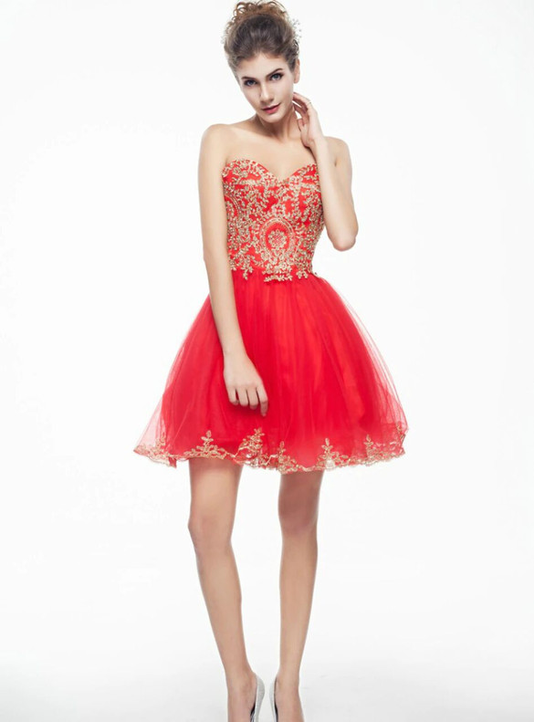 Red Tulle Appliques Strapless Homecoming Dress