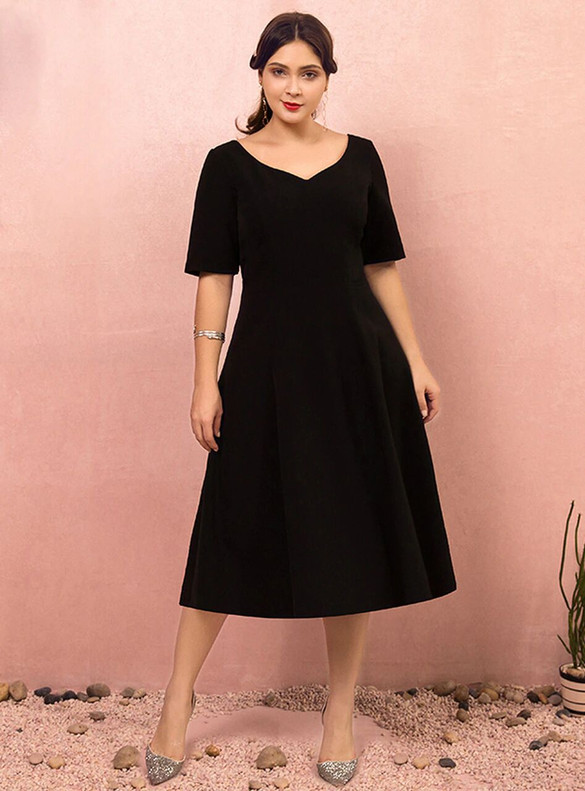 Plus Size Black V-neck Short Sleeve Prom Dress