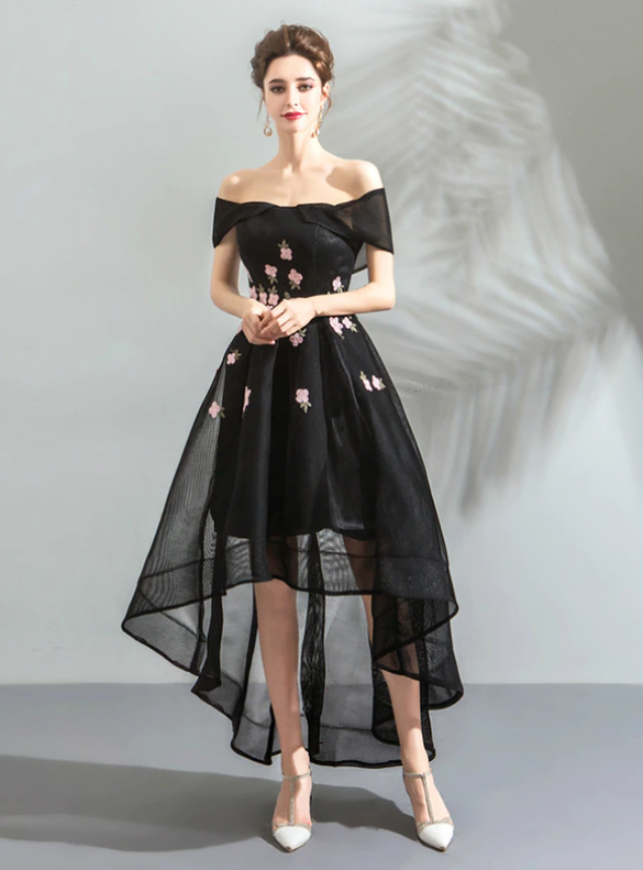 In Stock:Ship in 48 Hours Black Hi Lo Appliques Homecoming Dress