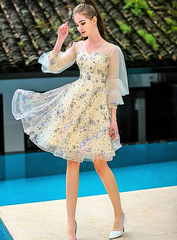 In Stock:Ship in 48 Hours Yellow Tulle Sequins Homecoming Dress