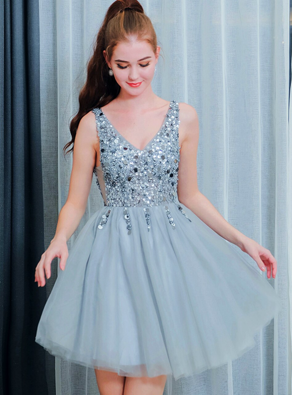 In Stock:Ship in 48 Hours Gray Sequins V-neck Homecoming Dress