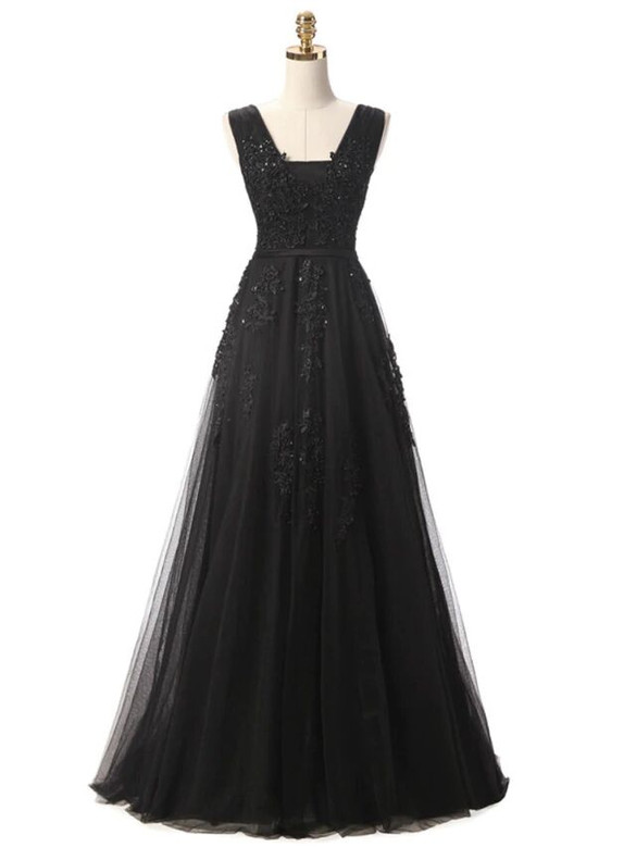In Stock:Ship in 48 hours Black Tulle Appliques Prom Dress
