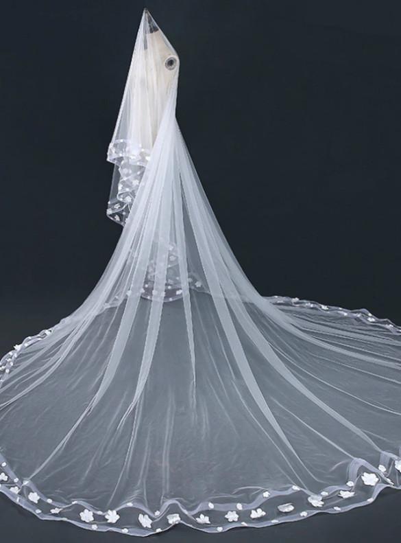 White Appliques Tulle Wedding Veils