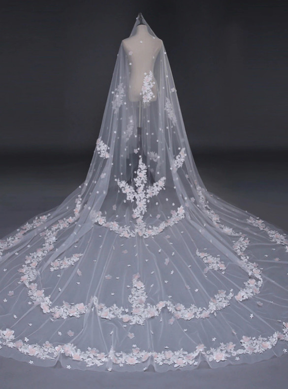 White Tulle Pink Appliques Veils