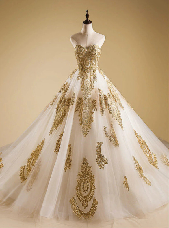 White Tulle Sweetheart Gold Appliques Quinceanera Dress