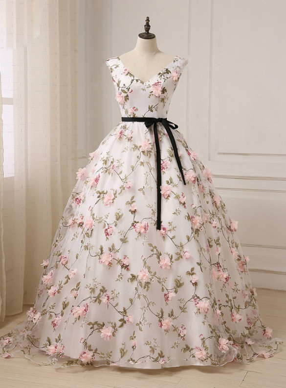 White Ball Gown Tulle 3D Flower Quinceanera Dress