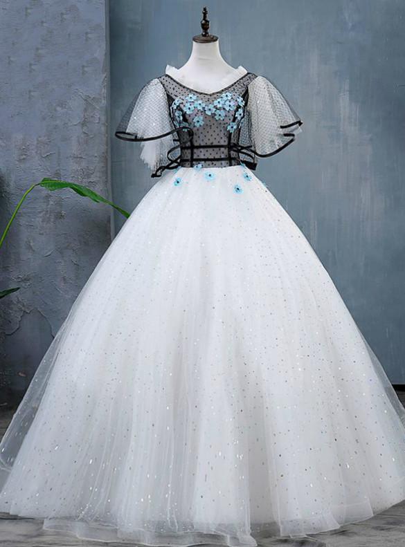 White Tulle Sequins Appliques Quinceanera Dress