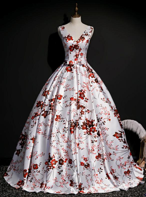 White Satin V-neck Print Quinceanera Dress