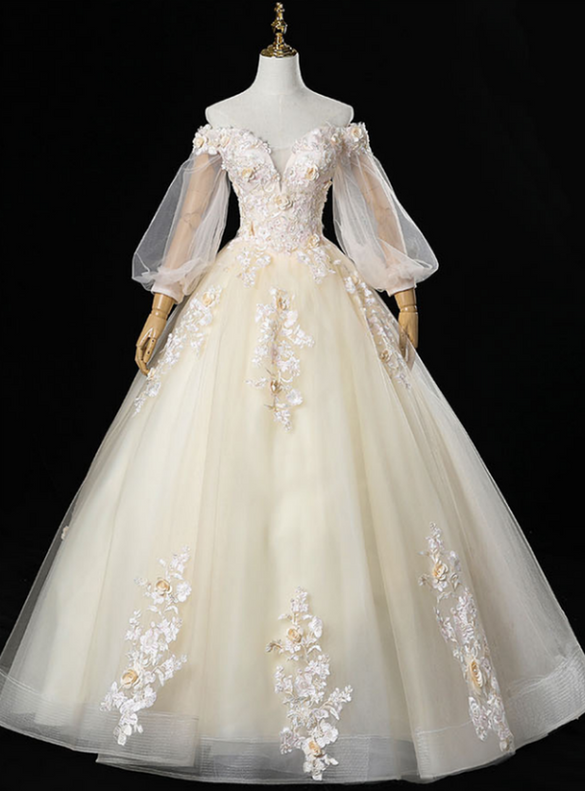 Champagne Tulle Appliques Puff Sleeve Quinceanera Dress