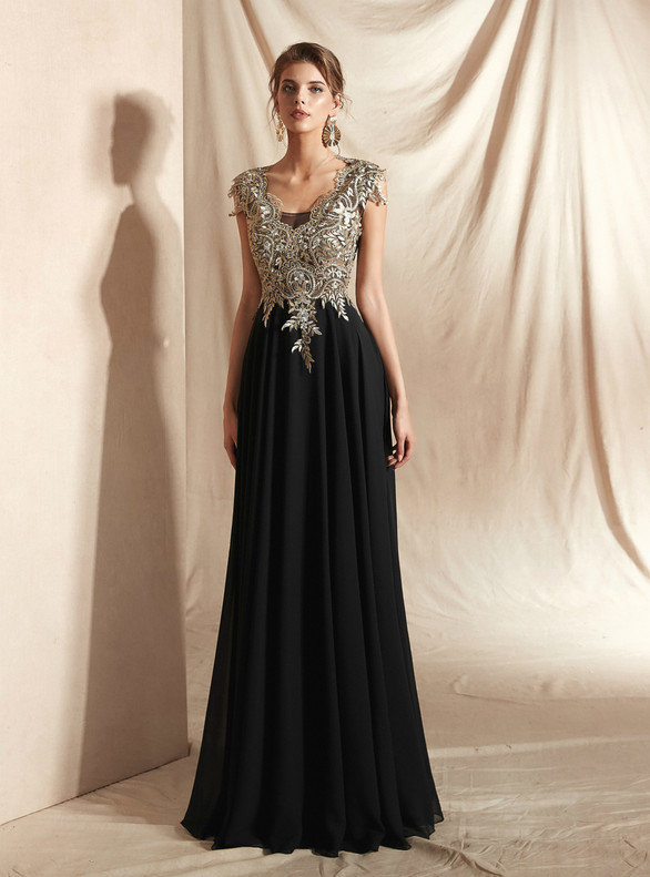 Black Chiffon Appliques Sleeveless Prom Dress