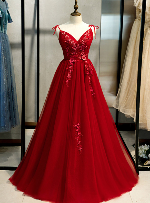 Tulle Spaghetti Straps Backless Appliques Prom Dress