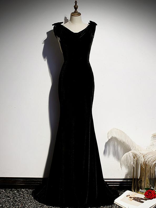 Black Mermaid Velvet V-neck Pearls Prom Dress
