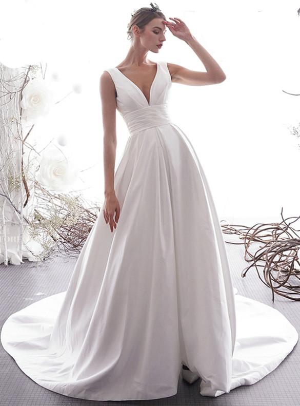 White Satin V-neck Backless Pleats Wedding Dress