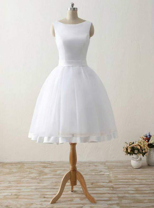 White Organza Backless Bow Wedding Dress