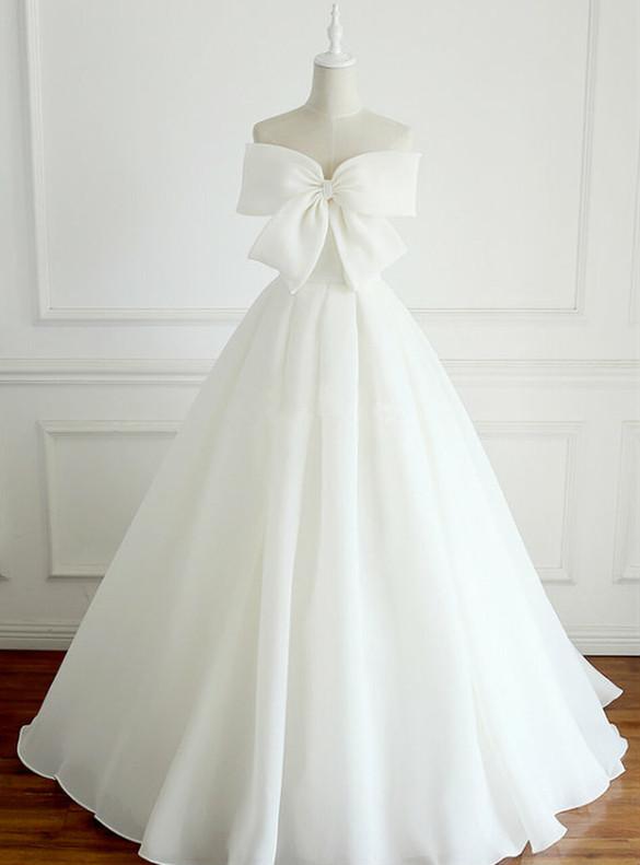 White Chiffon Strapless Bow Wedding Dress