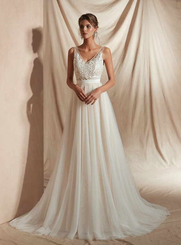 Champagne Tulle V-neck Pearls Lace Wedding Dress