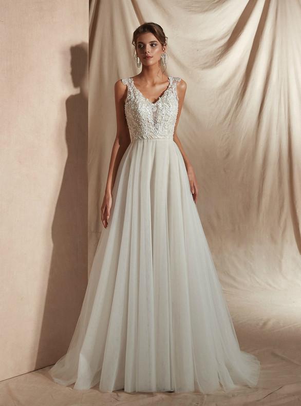 Ivory Tulle V-neck Appliques Pearls Wedding Dress