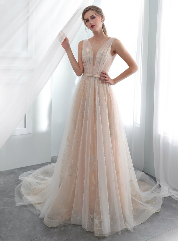 Sexy Tulle Embroidery Backless Wedding Dress