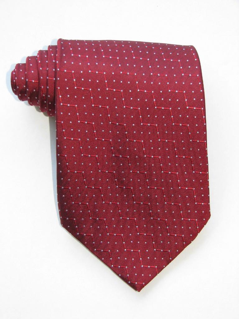 White Peas Burgundy Tie