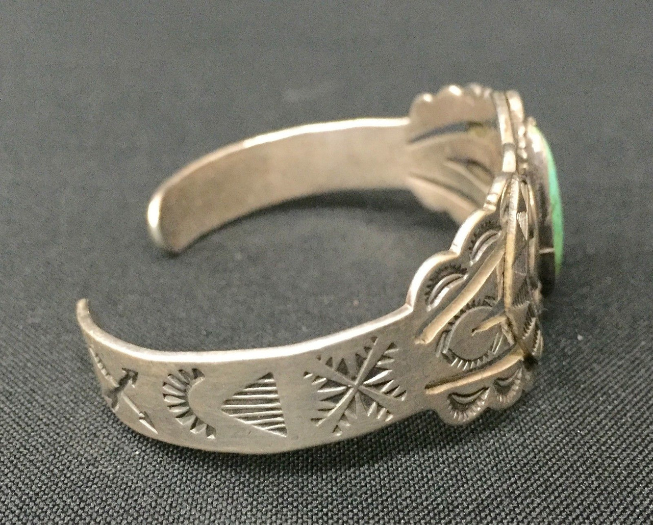 FRED HARVEY ERA BRACELET - STERLING OR COIN SILVER* OLD TOURIST ERA  COLLECTIBLE