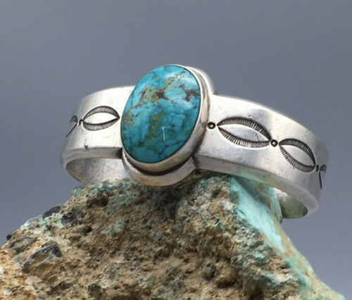 Classy, Sterling silver and turquoise cuff
