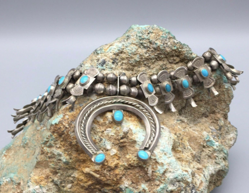 Box bow style squash with turquoise and sterling silver