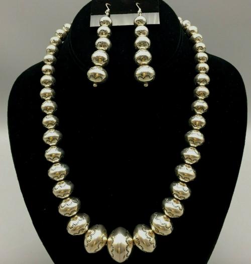 Sterling silver Navajo pearls with earrings