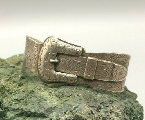Sterling silver engraved buckle bracelet