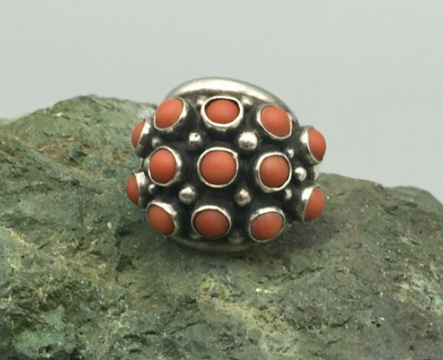 Coral knuckle ring
