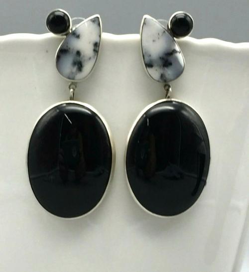 Dendritic agate and onyx earrings